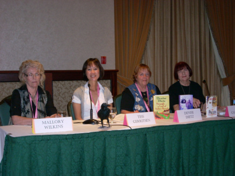 Mallory Wilkins, Tess Gerritsen, Denise Dietz, Caro Soles at Bloody Words 2011